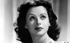 Hedy Lamarr: la estrella de cine que inventó la tecnología precursora del wifi