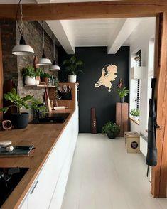 Best kitchen tiles black and white butcher blocks Ideas Black Kitchen Black Blocks Butcher Ideas Kitchen tiles White Kitchen Interior, New Kitchen, Kitchen Black, Kitchen Wood, Kitchen Ideas, Kitchen Counters, Dark Counters, Kitchen Plants, Floors Kitchen