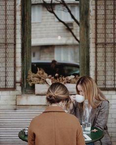 #autumn #coffee #coffeeshop #friends