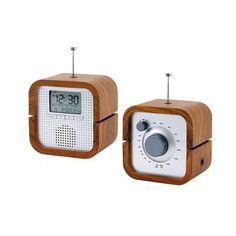 Poste Radio  Radio réveil design wood : trouvez votre modèle à prix bas sur Clubic !