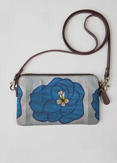 VIDA Statement Bag - Blue Flowerets by VIDA 5dPAi