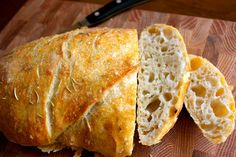 Easy Artisan Bread. Perfect for dipping in fall soups and stews! | Mrs. Schwartz's Kitchen