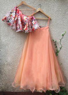 Curated Collection of Indian Designer Wear- Lehenga Set, Saree, Suits Indian Fashion Dresses, Indian Gowns Dresses, Dress Indian Style, Indian Designer Outfits, Indian Outfits, Fashion Outfits, Lehnga Dress, Sari Blouse, Lehenga Designs