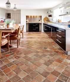 A reclaimed 18th / 19th century reclaimed terracotta sourced from the south of france Brick Tiles, Brick Flooring, Wall Tiles, Country Kitchen Flooring, Brick Floor Kitchen, Floors Kitchen, Country Kitchens, Spanish Tile Kitchen, Tuscan Kitchens