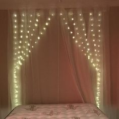 600 led 18 ft x 9 ft Window Curtain Lights String Fairy Light Wedding Party Home Garden Decorations Led Curtain Lights, Icicle Lights, Xmas Lights, Window Lights, Fairy Light Curtain, String Lights In The Bedroom, Shower Lighting, Fairy Lights Wedding, Copper Lighting