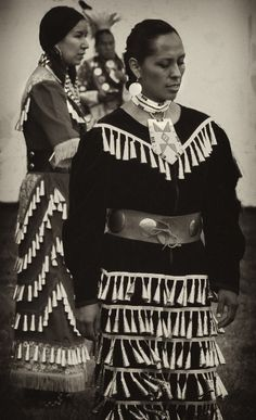 Old Style Jingle Dress Dancers  (c) Photography of Peggy Sue Zinn