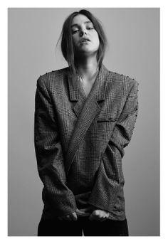 WYLDE VINTAGE #fall #winter #fashion #paris #trends #lookbook #look #black and white #rock #grunge #check #vest #blazer #oversize #tailoring #vintage #leather #studs
