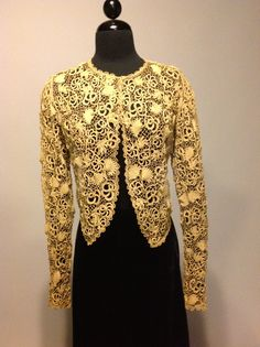 Vintage women's Irish crochet jacket 1905