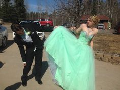 Prom pictures ideas:)