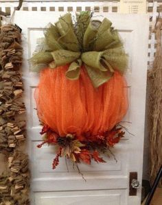 Tulle Pumpkin Wreath