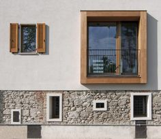 Image 1 of 18 from gallery of Refurbishment of an Old Barn / Arcoquattro Architettura. Courtesy of Arcoquattro Architettura Renovation Facade, Architecture Renovation, Barn Renovation, Facade Architecture, Residential Architecture, Classical Architecture, Facade Design, House Design, Barn Pictures