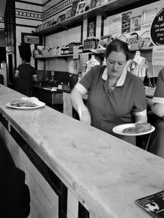dishing up the Pie n Mash...lovely jubbly