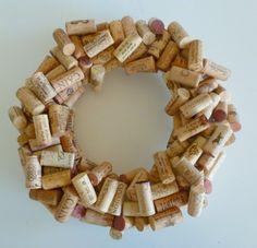 Simple DIY Wine Cork Wreath | Shelterness