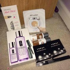 HUGE beauty bundle ALL SEALED AND NWT in organial packaging Lorac bronzer and blush duo retail 30$ EACH + eyebrow creamy pencil Lorac 20 VALUE plus clinque mini pallet around 15-20$ value SEALED value and clinque full size eye kit 45$ value incoco nail polish applique 6.99$ value plus leneige trial the full size is 36$ value plus two soapbox travel size new Makeup