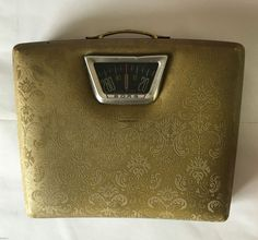 Vintage BORG Mid-Century Gold Padded Vinyl Bathroom Scale w/ Carrying Handle USA