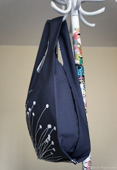 DIY BAG. Directions in Jap., pictures are easy to follow. Traced from a reuseable plastic bag!
