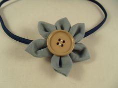 Blüte Blume Haarreifen Haargummi lang grau blau von Krimskrämerei auf DaWanda.com