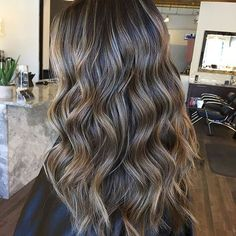 25 ideas for hair color ideas for brunettes babylights fall - List of the best Women's Hairstyles Brown Hair Balayage, Brown Hair With Highlights, Brown Blonde Hair, Balayage Brunette, Hair Color Balayage, Balayage Highlights, Lowlights On Brown Hair, Full Head Highlights, Partial Highlights