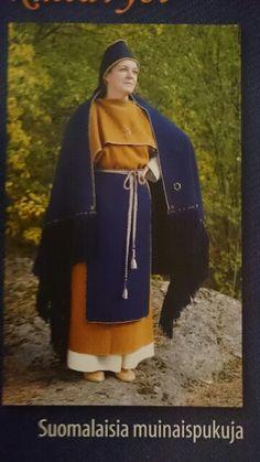 Maskun muinaispuku Viking Garb, Viking Dress, Folk Costume, Costumes, Roman Hairstyles, Prehistoric Age, Evolution T Shirt, Norse Vikings, Medieval Clothing