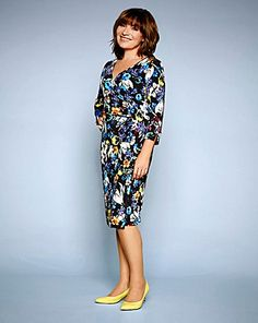 c2792ad762f3 14 Best Lorraine Kelly SS15 Collection images