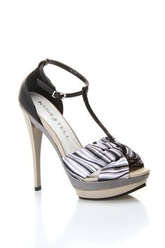 Lillian-02 High Heel Sandal In Black And Gray http://www.beyondtherack.com/member/invite/B7C53751