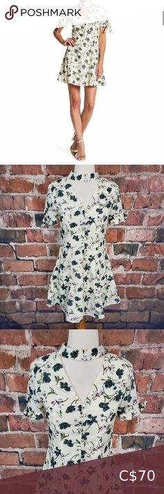 Check out this listing I just found on Poshmark: English Fit & Flare Choker Dress Floral NWT S. #shopmycloset #poshmark #shopping #style #pinitforlater #English Factory #Dresses & Skirts Lace Top Dress, Cutout Dress, New Dress, Choker Dress, Neck Choker, Low Rise Skinny Jeans, Leopard Dress, Dress Size Chart Women, Striped Dress
