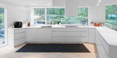 25 Stunning Kitchens with Big Windows - Page 3 of 5 - Home Epiphany