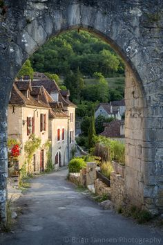 Saint-Cirq-Lapopie, Lot Valley, France. © Brian Jannsen Photography
