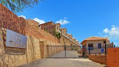 3 Bed Apartment in Winchester Hills, This 3 bedroom, 2 bathroom unit is spacious, modern and practically brand new. From the ground floor Private Property, Property For Sale, Capital R, Johannesburg City, View Video, Apartments For Sale, Open Plan, Ground Floor, Winchester