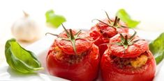 Fresh tomatoes are one of our favorite summertime ingredients. Make the most of them by cooking up one of these tasty tomato recipes for Meatless Monday. Fresh Tomato Recipes, Vegetable Recipes, Beefsteak Tomato, Carne Picada, Stuffing Recipes, Lunch To Go, Beef Steak, Stuffed Peppers, Stuffed Tomatoes