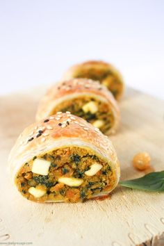 Spinach chickpea and sweet potato sausage rolls The Fare Sage Tapas, Vegetarian Recipes, Cooking Recipes, Healthy Recipes, Vegetarian Canapes, Vegetarian Finger Food, Savoury Finger Food, Vegetarian Cooking, Vegetarian Dinners