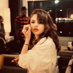 Justin Selena, Selena And Taylor, Selena Gomez Photoshoot, Selena Gomez Cute, Selena Pictures, Alex Russo, Face Icon, Marie Gomez, Insta Photo Ideas