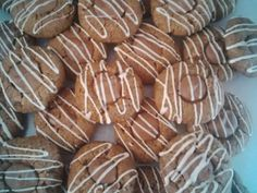 Nutella Biscuits recipe by Yasmeen posted on 21 Jan 2017 . Recipe has a rating of by 1 members and the recipe belongs in the Biscuits & Pastries recipes category Eid Biscuits, Nutella Biscuits, Nutella Cookies, Cake Cookies, Pastry Recipes, Baking Recipes, Cake Recipes, Food Categories, Biscuit Recipe