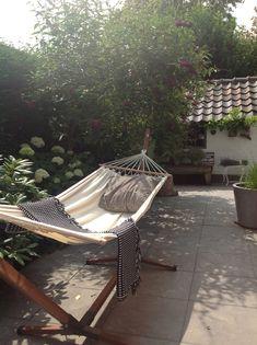 still don't know where to hang my hammock (hammock stand small) Outdoor Spaces, Outdoor Living, Outdoor Decor, Backyard Hammock, Outdoor Hammock, Hammocks, Contemporary Garden Design, Porches, Terrace Garden