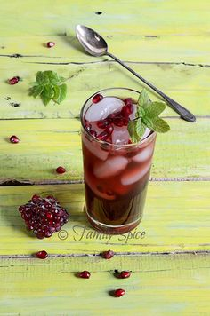 15 Refreshing Summer Drink Recipes - Upcycled Treasures