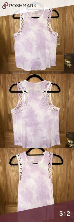 NEW American Eagle light purple muscle tank Never worn WITH TAGS!!! American eagle tie-dye muscle tee. White and light purple with braided accents around the sleeve holes. Soft and Sexy material 95% viscose/ 5% elastane American Eagle Outfitters Tops Muscle Tees