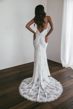 Grace Loves Lace Clo Gown with Ivory Lining - SoQuotes Making A Wedding Dress, Top Wedding Dresses, Boho Wedding Dress, Bridesmaid Dresses, Lace Wedding, Peacock Wedding, Wedding Rustic, Grace And Lace, Grace Loves Lace