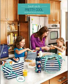 Thirty-One Spring 2014- Navy Wave Pattern Http://www.mythirtyone.com/425550 Ohawarrior2002@gmail.com