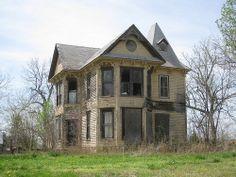 Abandoned mansion in Muscotah, Kansas.
