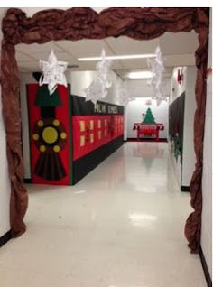 Thrills and Frills in First Polar Express Hallway