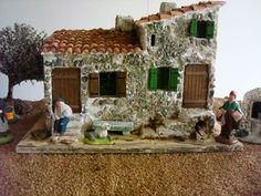 Anthony CLARK : des maisons et diverses constructions pour la crèche