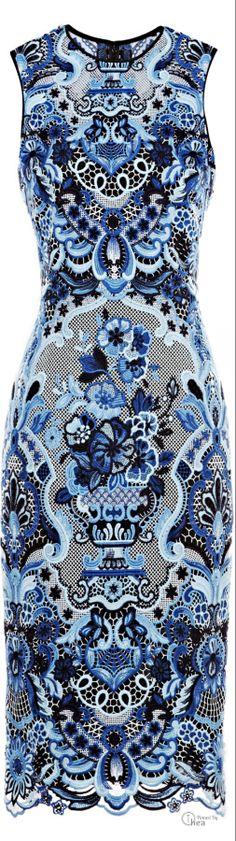 Valentino ● Sleeveless Guipure Lace Dress