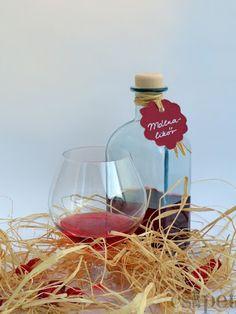 egycsipet: Málnalikőr Wine Glass, Drinks, Bottle, Rose, Tableware, Recipes, Drinking, Beverages, Pink