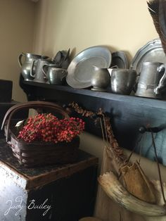 Look of fall Primitive Living Room, Primitive Fall, Primitive Kitchen, Primitive Country, Country Decor, Country Living, Party Places, Keeping Room, American Decor