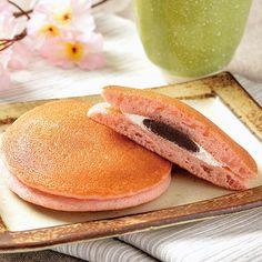 「桜香るパンケーキ 桜あん&ホイップ」です♪春ならではの味ですね(^^)  http://lawson.eng.mg/59fc1