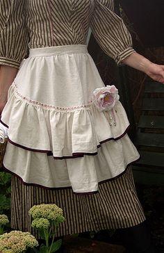 Romantic apron by SUSANNAH DASHWOOD, via Flickr
