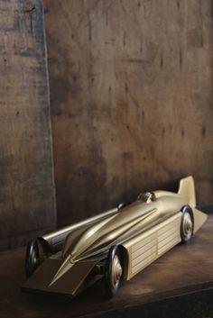 GOLDEN ARROW CAR | discoverattic