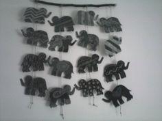 Móvil elefantes