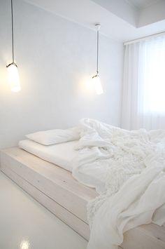 Var dags rum: Det hetaste i inredningsväg - i Finland! Sofa Chair, Sofa Bed, Vand, White Sofas, Scandi Style, Scandinavian Home, Finland, Mattress, Interior Decorating