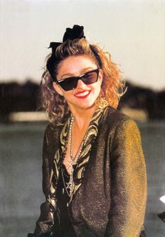 """this jacket used to belong to Jimi Hendrix -and- Elvis Presley. """"Good going stranger!"""" >< Madonna in Desparately Seeking Susan. Madonna 80s Fashion, 1980s Madonna, Madonna Music, Madonna Art, Madonna Outfits, Lady Madonna, 1980s Fashion Trends, 80s Trends, Madonna Looks"""